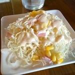 パチャンガ - サービスで付くサラダ(きゃべつのせん切り)