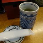 奴寿司総本店 - ☆お茶でスタート☆