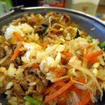 すき家 - 鍋焼ビビンバ定食、かき混ぜて~