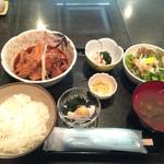37490182 - 煮魚定食850円