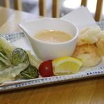 まんざら - プリプリえびと旬野菜のフリット