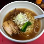 麺 えどや - 「ラーメン(小)」680円