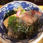 Jizakanaya - 静岡産生しらすとカンパチ丼