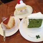 ホーム・スイート・ホーム野神店 - 上→ショートケーキ  左→プリン  右→抹茶のシフォンケーキ