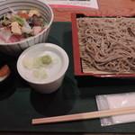 37512642 - 海鮮丼ともり蕎麦