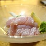 とりまる - とり肉のわさびあえ(630円)