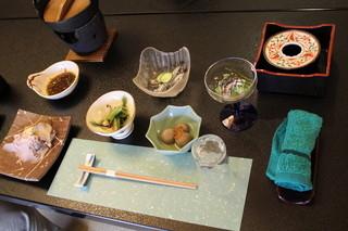 林新館 - 予約していた昼膳(だったと思う)