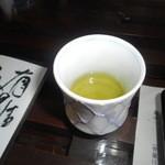鶴亀庵 - 水出し茶。ものすごく味わい深い。