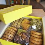 フードムード - 念願のクッキーBOX