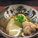 御料理山もと - 冬瓜 鶏肉 白菜の炊き合ゎせ