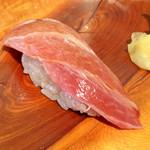 つきぢ神楽寿司 - 大トロ