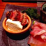 37533340 - 季節を味わう前菜3種から、焼き明太子とおぼろ豆腐(だったと思う)。明太子がヤバい。