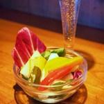 UOKIN PICCOLO - 自家製5種の野菜ピクルス