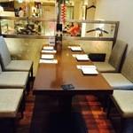 バンコクキッチン - 6名様用のテーブル