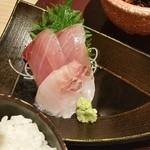 北海道はでっかい道 オホーツクの恵み 湧別町 - 北海道鮮魚二種、ちょっと少ないかな…