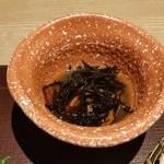 北海道はでっかい道 オホーツクの恵み 湧別町 - 旬の小鉢は普通に「ひじきの煮物」でした