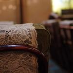 古城 - 椅子(いす)のある景色(けしき)