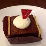 上島珈琲店 - ケーキというよりチョコレート♪