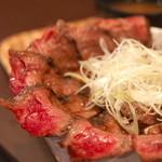 ICHIYA - はみ出るカルビ丼セット