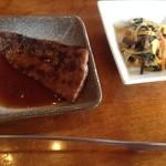 焼肉レストラン三千浦 - カルビと小鉢