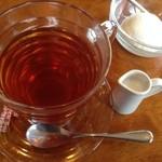 焼肉レストラン三千浦 - 紅茶とバニラアイス