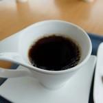 ビアカフェ大山 - コーヒー(シャレたカップだね)