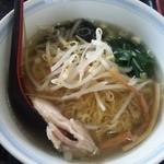 興隆 - 鶏肉麺