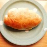 37564414 - クリームパン ¥220