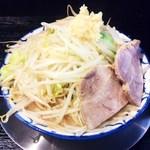 らーめん浜八道 - 豚骨醤油ラーメン(野菜マシ)