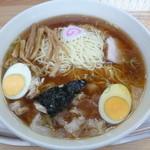 大勝軒 - '15/05/03 大盛り玉子入りワンタン麺(1,188円)