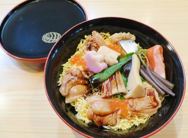 俵寿司 - 蛤のちらし寿司☆