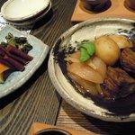 Ikkyou - 牛リブロースと新ジャガの煮込みと漬物