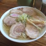 麺処 にっ田屋 - チャーシュー麺。