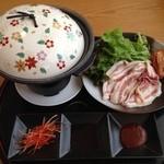 森のレストラン ライアン 青森空港店 - 長谷川豚のサムギョプサル 980円(税込)