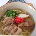 オキナワ キッチン - 沖縄そば 690円