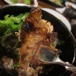 茶房ズ - プーアール茶で煮た豚肉の角煮はやわらかい物です。