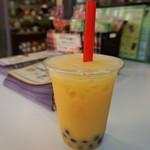 天福茗茶 - タピオカドリンク(マンゴーミルク)380円