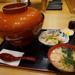 千姫茶屋 - 名物シラス丼(1380円)