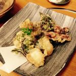 ふじ乃 - 天婦羅盛り合わせ タコ、(^^)       げそ、鯵大葉巻き、穴子、ゼンマイ、薩摩芋、など