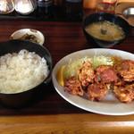 食堂 蘭 - 料理写真:から揚げ定食750円が週変わりサービスで670円