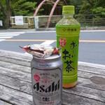 杉の茶屋 - ドリンク写真:缶ビール ¥330