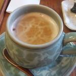 韓流茶房 - ハトムギ茶