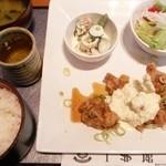 1ドル館カフェテラス - 料理写真:チキン南蛮定食 \1,180