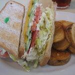 アメリカンスタイル ニューズカフェ - 野菜&チーズサンドイッチ