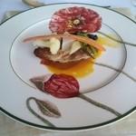 37598755 - 魚料理 ワラサのポワレ
