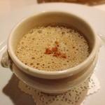 ビストロモンマルトル - レンズ豆のスープ