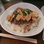 龍 - ランチのステーキ丼! 美味しかったです。!(^^)!