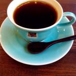 カフェ タブノキ - 美しいコーヒーカップ