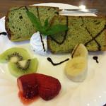 cafe &雑貨 Au PRINTEMPS - 料理写真:シフォンケーキセット(抹茶)  650円