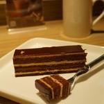 リンツ ショコラ カフェ - オペラ
